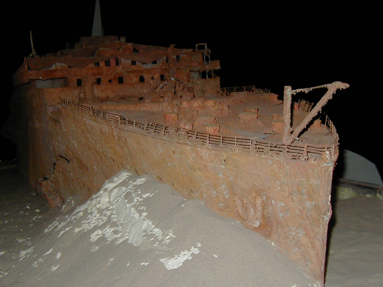 external image titanic-model.jpg
