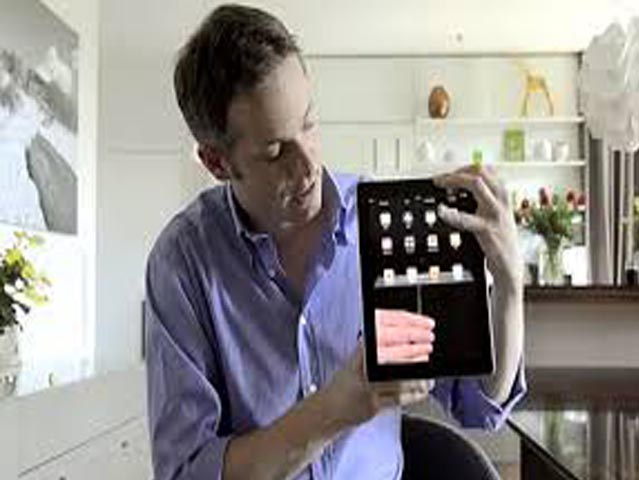 An Amazing iPad Magician